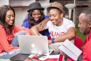JEWORK, L'INITIATIVE QUI PERMET AUX ETUDIANTS DE «WORK» AU CAMEROUN